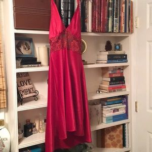 Dresses & Skirts - Red dress size large.